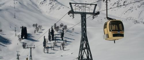 This Winter Enjoy World Second Highest Gondola in Gulmarg