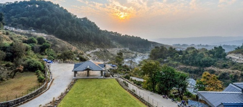 Top Hotels and Resorts in Dharamshala for your next vacation