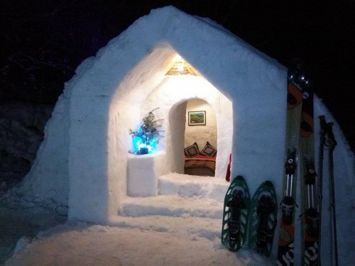 Plan your stay in India's first Igloo Stay in Manali