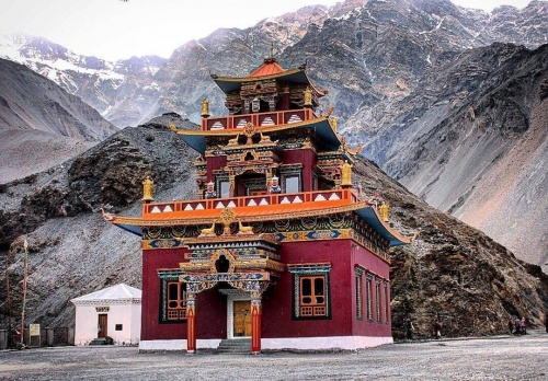 Take a trip to the Gue Village in Spiti Valley to get a Mummy Experience