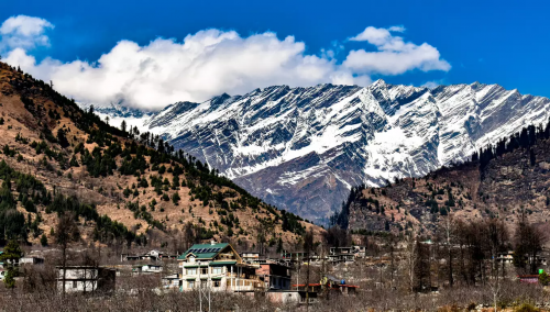 Take a few days off from work to experience the beautiful hill station of Manali