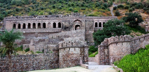 Bhangarh Fort | Visit the most haunted place of India in Rajasthan