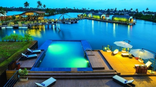Enjoy a vacation at the Mini Maldives Near Kochi for an Underwater Stay For Just Rs 4,622/Night