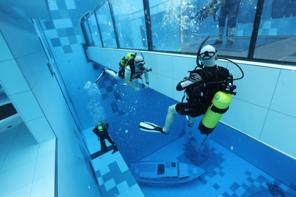 World's deepest swimming pool is a paradise for divers