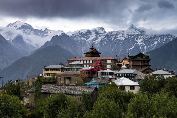 Himachal Pradesh announces night curfew