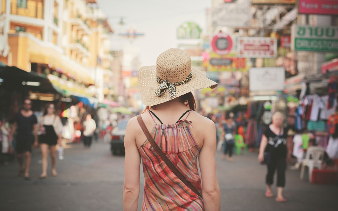How do Travellers solve Language Problem when travelling abroad!