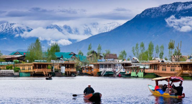 Do You Plan To Trip To Srinagar, Kashmir? Here You Should Know A Few Tips, Both For Domestic And  International Travellers